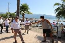 Başkan Oktay Marmaris'te Turistlere Maske Dağıttı