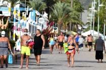 Marmaris'te Sıcak Hava Etkisini Sürdürüyor
