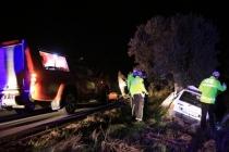 Milas'ta Otomobil Ağaca Çarptı: 1 Ölü