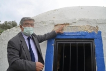 Bodrum'da 150 Yıllık Sarnıcın Kireçle Boyanmasına Tepki