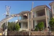 Marmaris'te İmara Aykırı Binaların Yıkımı Sürüyor