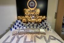 Bodrum'da Sahte Reçete İle İlaç Satan Zanlılar Yakalandı