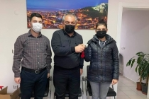 Muğla'da Evrak Kolisinden Çıkan Altınlar Aileye Teslim Edildi