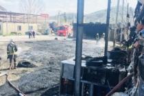 Seydikemer'de Plastik Fabrikasının Bahçesinde Çıkan Yangın Söndürüldü