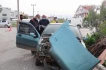 Fethiye'de Otomobille Çarpışan Motosikletteki 2 Kişi Yaralandı