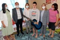 AK Parti Muğla Milletvekili Yelda Erol Gökcan, Otizmli Çocukların Dileklerini Gerçekleştirdi