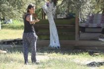 Bir Dönemin Efsane Rockçısı Özlem Tekin, Milas'ta Yaşadığı Köyde Şalvarlı Görüntülendi