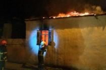 Milas'ta Meydana Gelen Yangında Bir Ev Küle Döndü, Bir Kişi İse Yaralandı