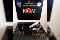Milas'ta Suikast Silahıyla Yakalandılar
