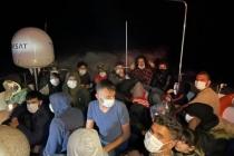 Bodrum Açıklarında Lastik Bottaki 30 Düzensiz Göçmen Kurtarıldı