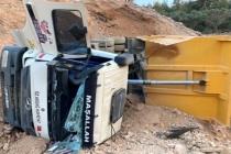 Bodrum'da Hafriyat Kamyonu Devrildi; 1 Yaralı