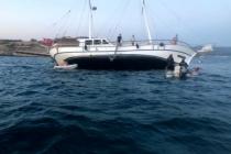 Bodrum'da Milyon Dolarlık Tur Teknesi Karaya Oturdu, Turistler Son Anda Kurtarıldı