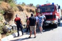 Bodrum'da Araç Sürücüsü Virajı Alamayıp Şarampole Devrildi