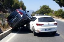 Bodrum'daki İlginç Kaza Maddi Hasarla Atlatıldı