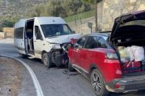 Bodrum'da Servis Minibüsüyle Cipin Çarpışması Sonucu 22 Kişi Yaralandı