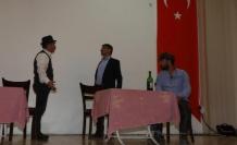 'Sosyal İmam' Cemaatini Tiyatroyla Bilgilendiriyor!