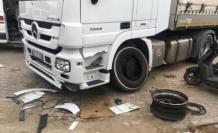Fethiye'de Kamyon Lastiği Patladı: 2 Yaralı