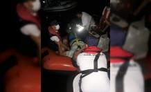 Muğla'da Kayalıklara Çarpan Botta İki Kişi Yaralandı