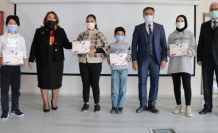 Yatağan'da Öğrencilere Tablet Hediye Edildi