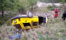 Dalaman'da 50 Metrelik Şarampole Uçan Aracın Sürücüsünü İtfaiye Kurtardı