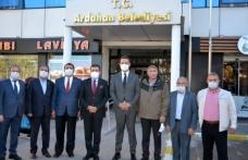 Mürsel Alban ve Ali Mahir Başarır Ardahan Belediye Başkanı Demir'i Ziyaret Etti