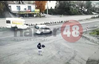 Muğla da Minibüs ile Hafif Ticari Araç Çarpıştı:...