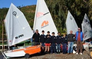 Marmarisli Minik Yelkenciler Yarışmaya Hazırlanıyor!