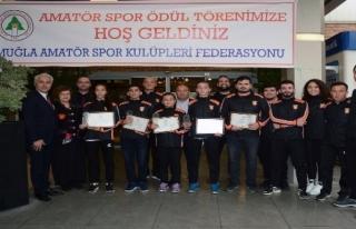 Menteşeli 5 Sporcuya Yılın Sporcusu Ödülü Verildi!