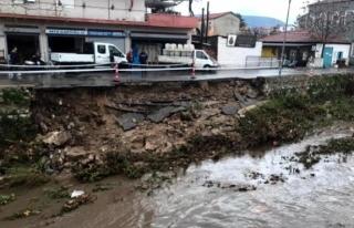 Milas'ta Sağanak Yağış: İstinat Duvarı...