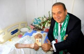 Türkiye'nin En Yaşlı İnsanı Yaşamını...