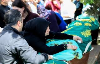 TRAFİK KAZASINDA ÖLEN 7 KİŞİNİN CENAZESİ DEFNEDİLDİ