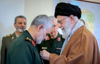 İran'ın Dini Lideri Hamaney'den ABD'ye...