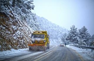 Muğla Büyükşehir Belediyesi'nin Kar Mesaisi...