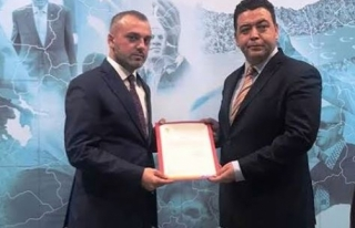 AK Parti Bodrum İlçe Başkanlığı'na Osman...
