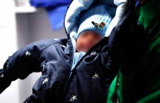 Bebeğini 13 Bin Dolara Satmaya Çalışırken Yakalandı!