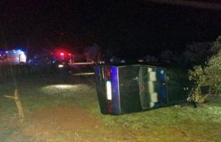 Menteşe'deki Kazada Araçta Sıkışan Sürücüyü...