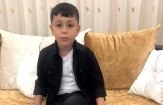 Ecel 9 Yaşındaki Azmi Efe'yi Uykusunda Yakaladı