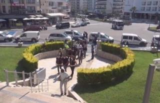 Marmaris'te Husumetli Esnaflar Meydan Savaşına...