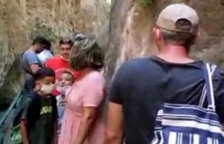 Saklıkent Kanyonu'nda Sosyal Mesafe Unutuldu