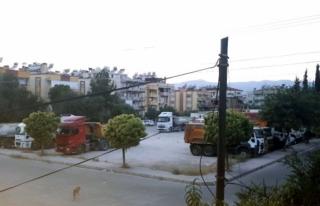 Ahmet Gazi Caddesi Sakinleri Yeşil Alanın Korumasını...