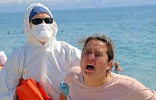 """Koronavirüslü Kadın Sahilde """"Ölmek İstemiyorum""""..."""