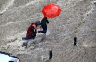 Meteoroloji Uyardı! 3 Bölgeye Sağanak Yağış...