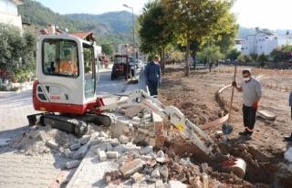 Marmaris Zübeyde Hanım Parkı Restore Ediliyor