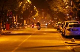 Muğla'da Sokaklar Motorlu Kuryelere Kaldı