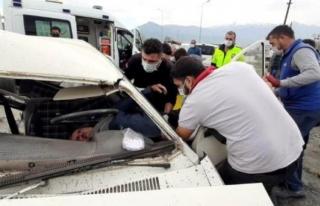 Seydikemer'de Trafik Kazası: Biri Sıyrık Almadan...