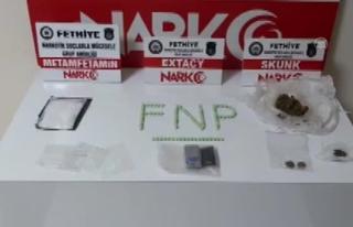 Fethiye'deki Uyuşturucu Operasyonunda Yakalanan...