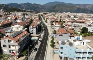 Marmaris'te Caddeler Yeni Görünüme Kavuştu