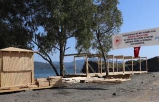 Fethiye'de Halk Plajına Yapılan Kafeterya ve...
