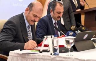 Adalet Bakanı Gül, Yargıyı Eleştiren Bakan Soylu'ya...