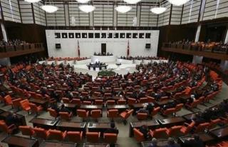 AK Parti, 27 Maddelik 4'üncü Yargı Paketi'ni...